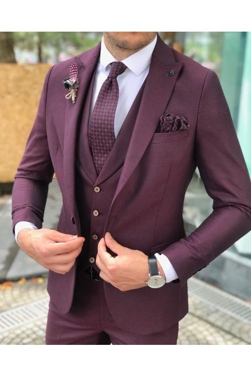 Яркий официальный костюм тройка G30