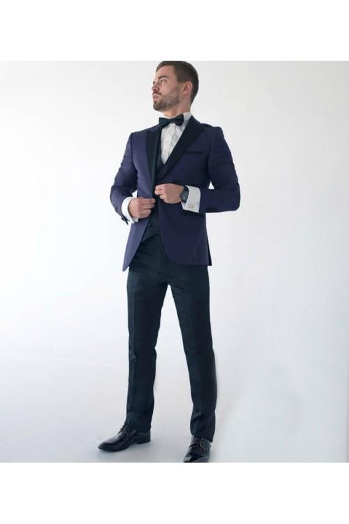 Яркий официальный костюм тройка G188